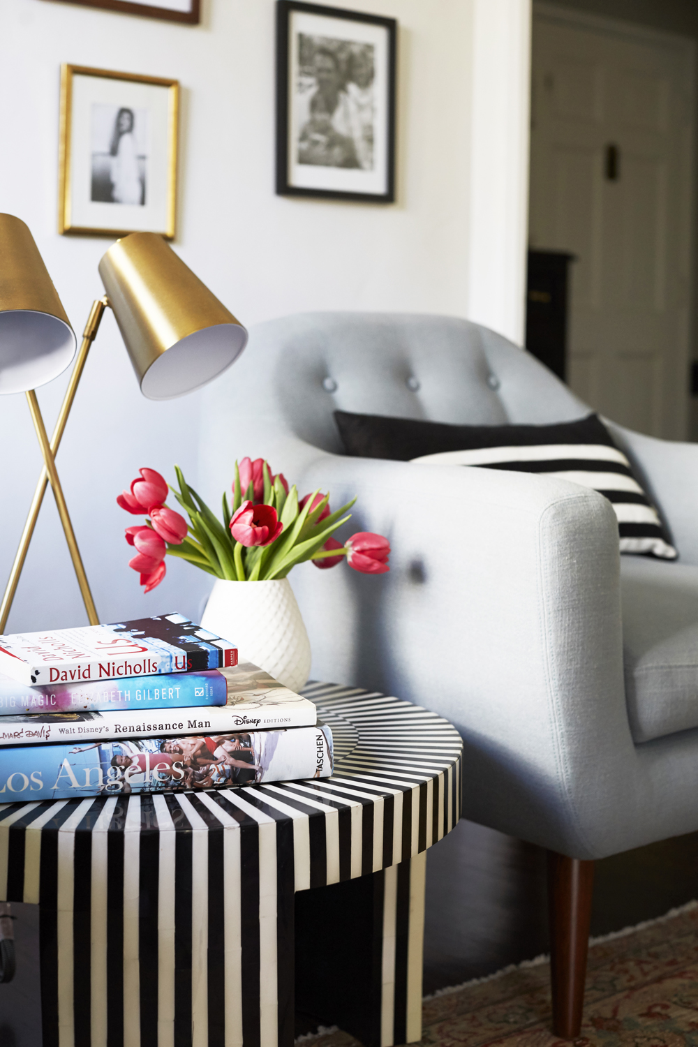 GINNY_MACDONALD_SILVER_LAKE_HILLS_LIVING_ROOM_BRASS_LAMP_LORES