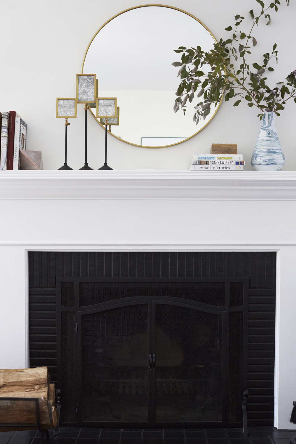 GINNY_MACDONALD_SILVER_LAKE_HILLS_LIVING_ROOM_FIREPLACE_2_LORES