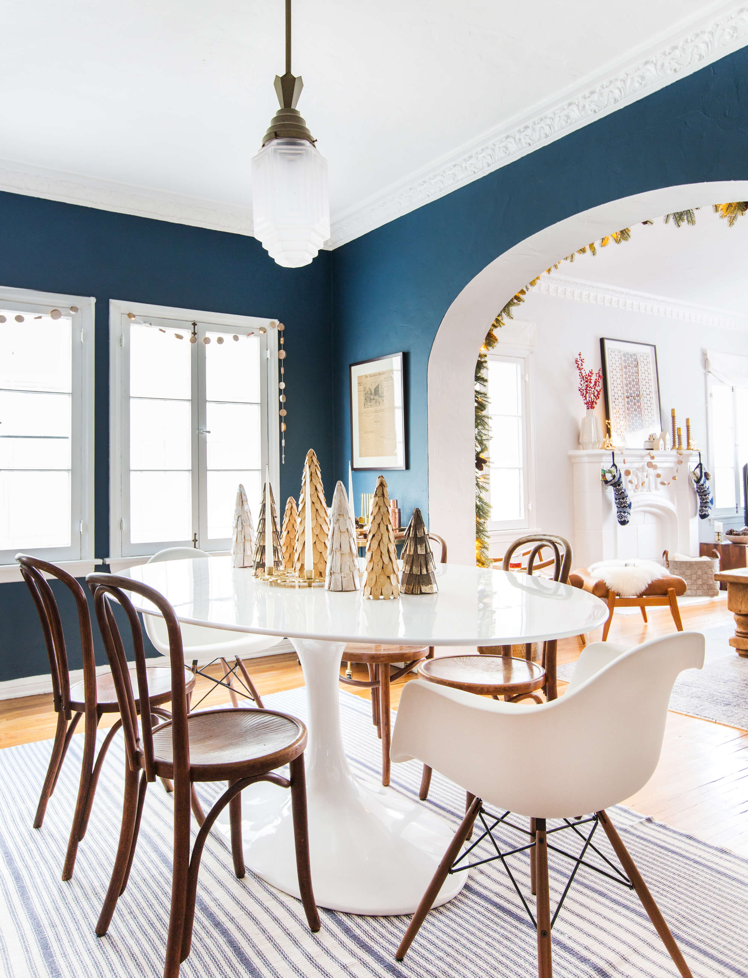 GINNY_MACDONALD_HOLIDAY_DECORATING_CHRISTMAS_WHITE_NEUTRAL_COSY_COTTAGE_21
