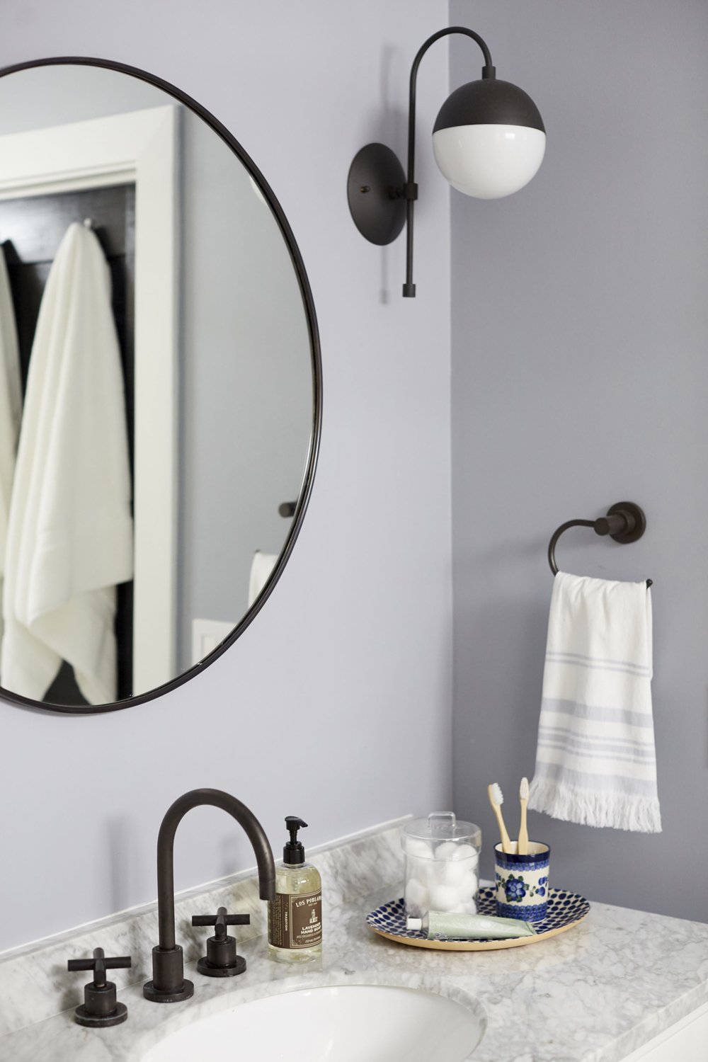 Ginny_Macdonald_Bathroom_Design_Modern-Traditional_Full-Service_02_1000px