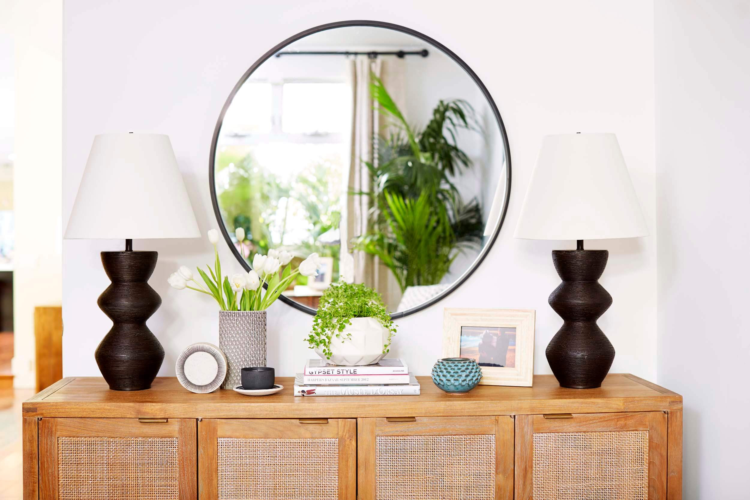 Ginny_Macdonald_California_Circular_Black_Framed_Mirror