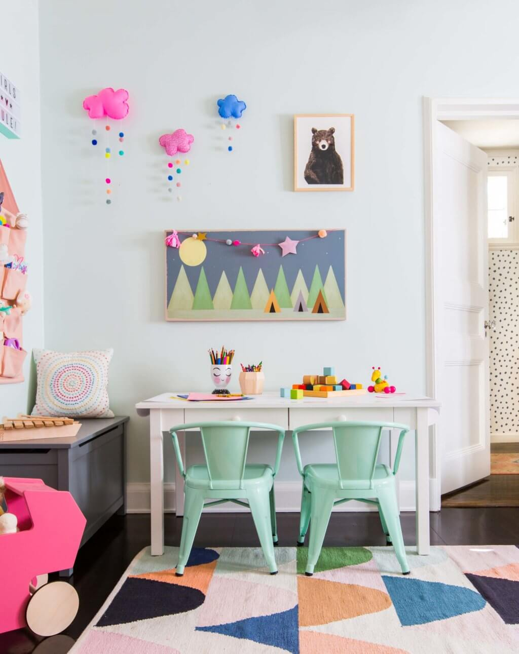 05_Ginny_Macdonald_Full-Design_Girls-Playroom_Whimsical_Pink_Playful