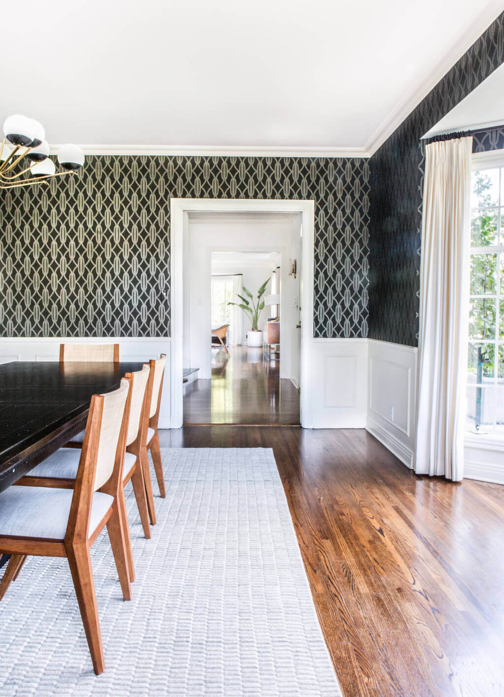 08_Ginny_Macdonald_Full-Design_Traditional_Dining_room_Sneak_Peek