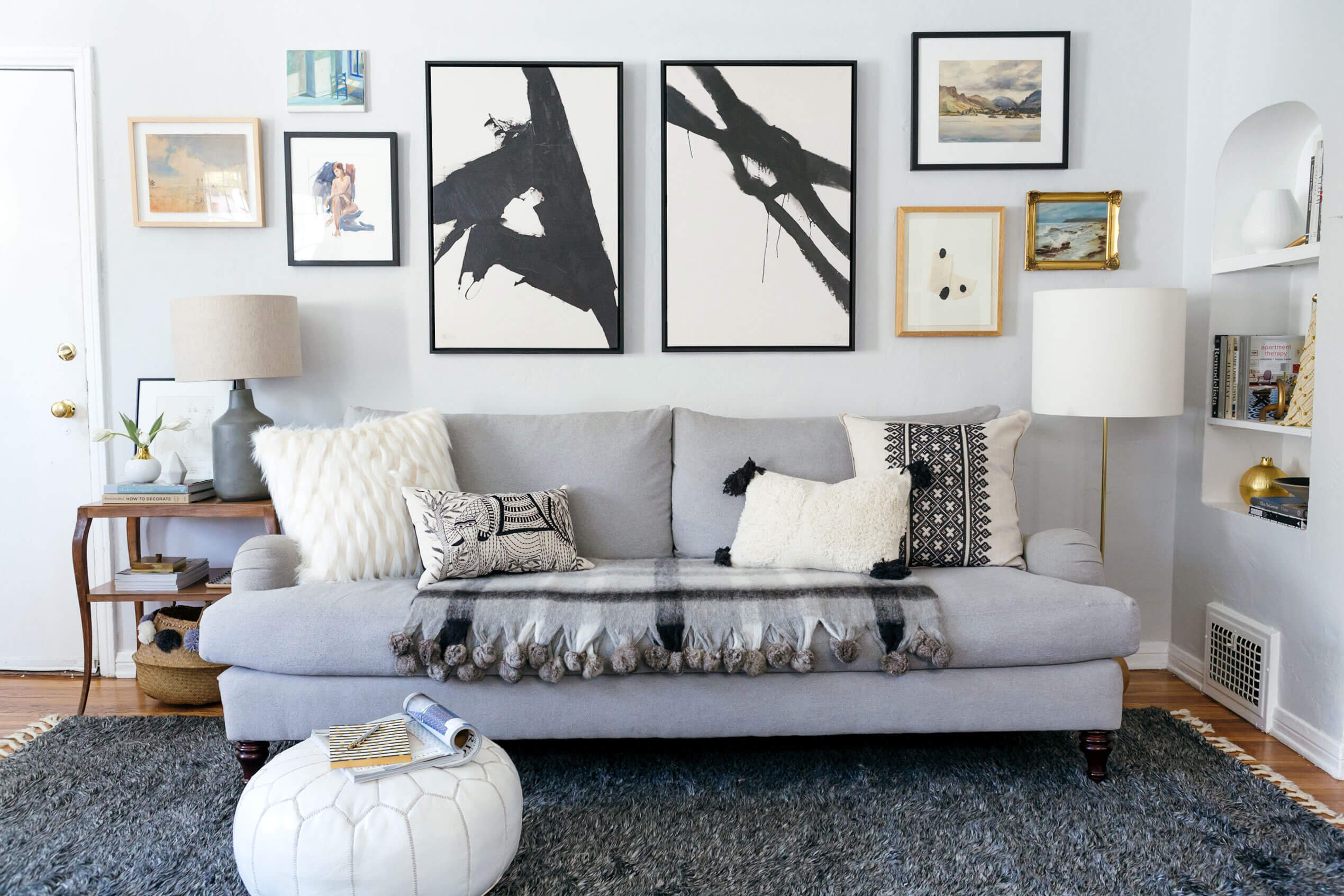 GINNY_MACDONALD_SOFA_STYLING