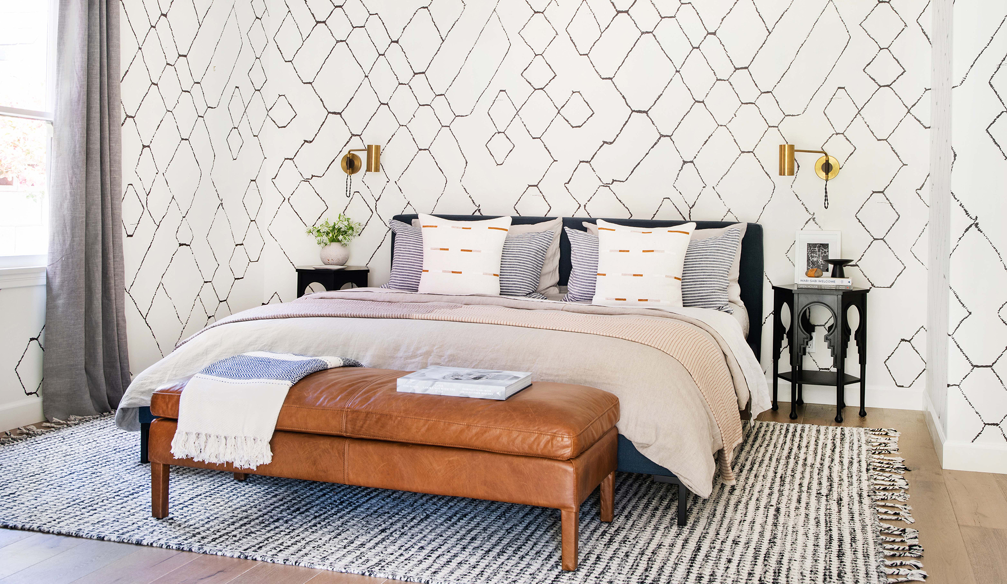 GINNY_MACDONALD_CALIFORNIA_BEDROOM_FEATURED_IMAGE
