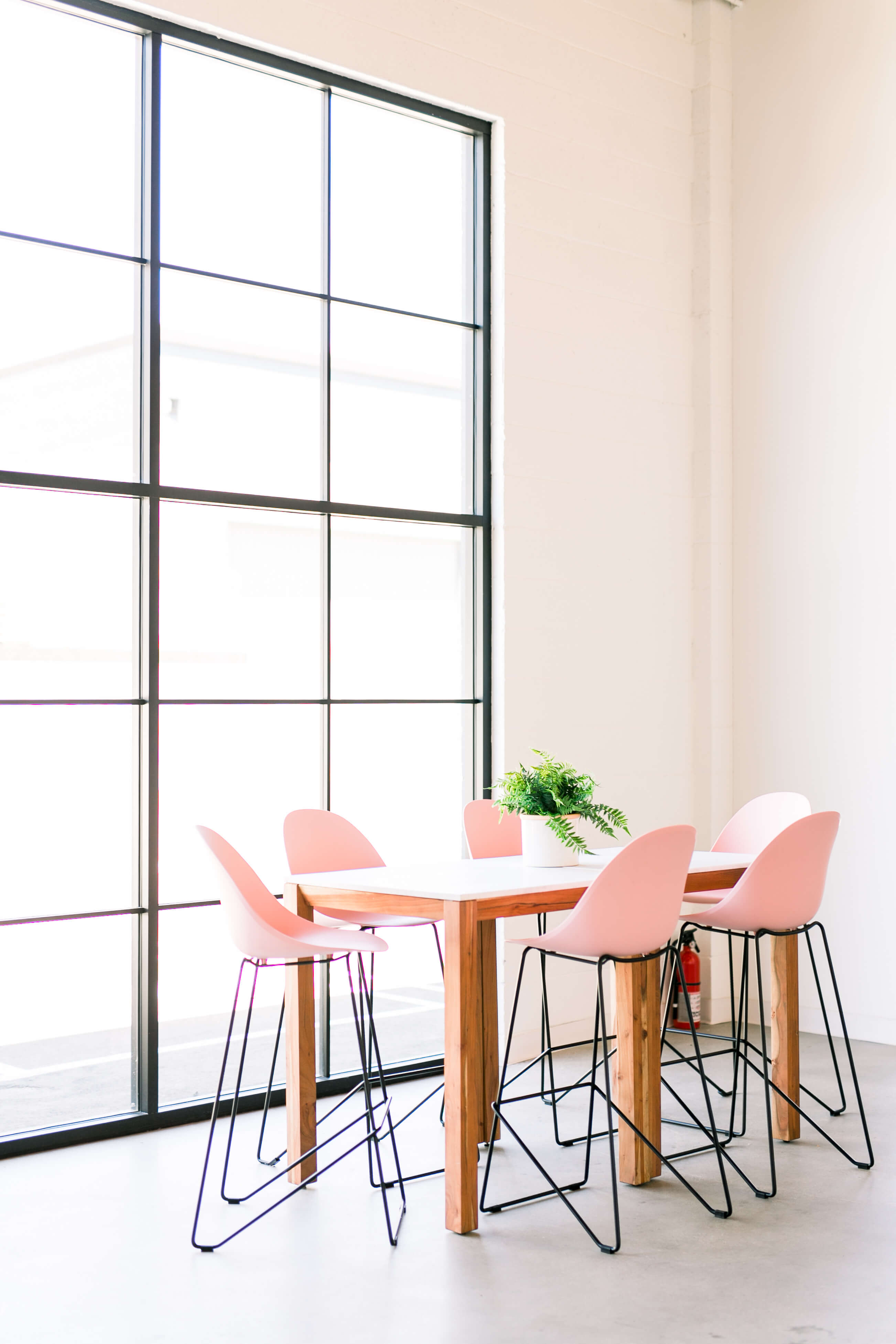 GINNY_MACDONALD_CREATE_CULTIVATE_PINK_COUNTER_CHAIRS