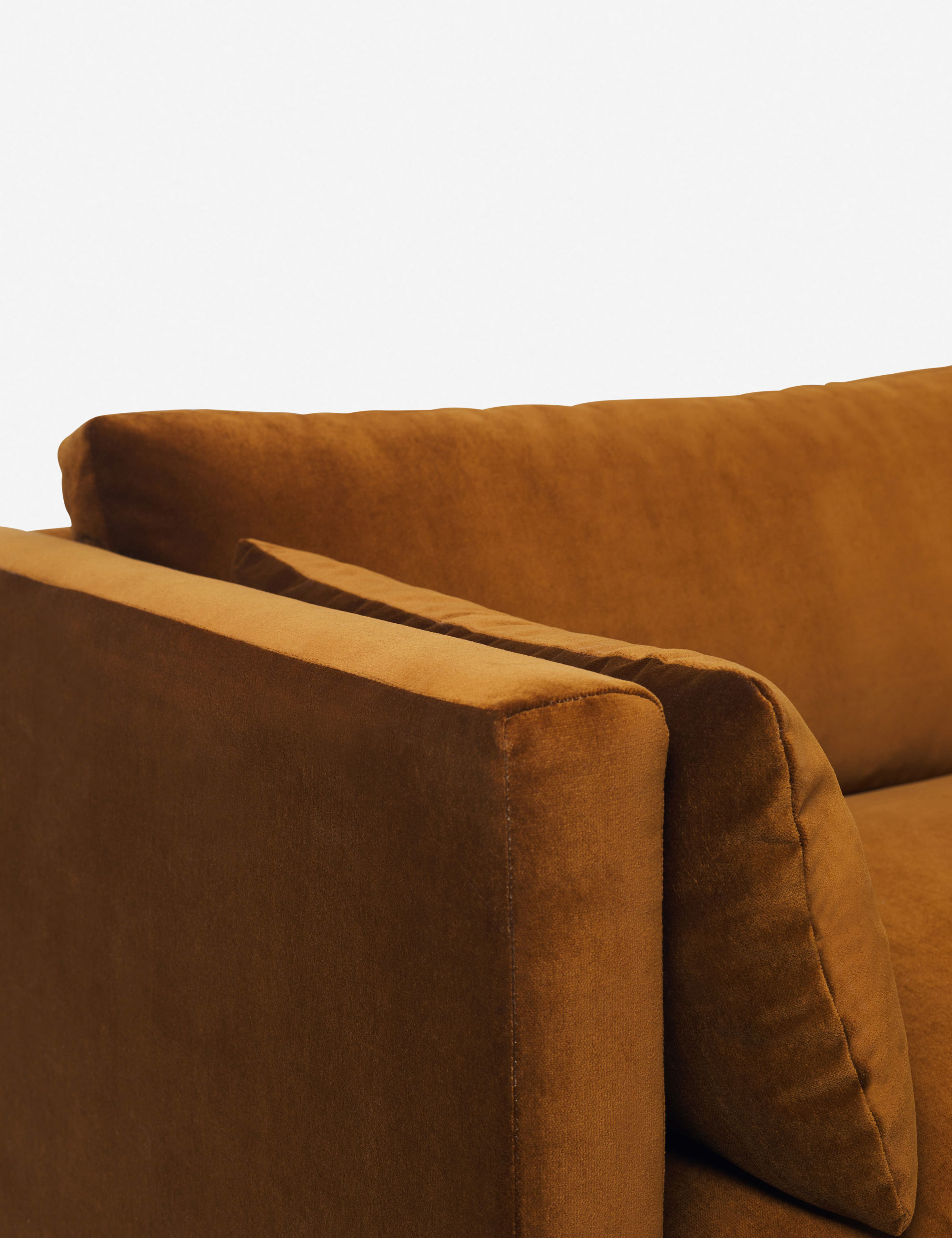 GINNY_MACDONALD_Hollingworth Sofa-Velvet-Cognac-3