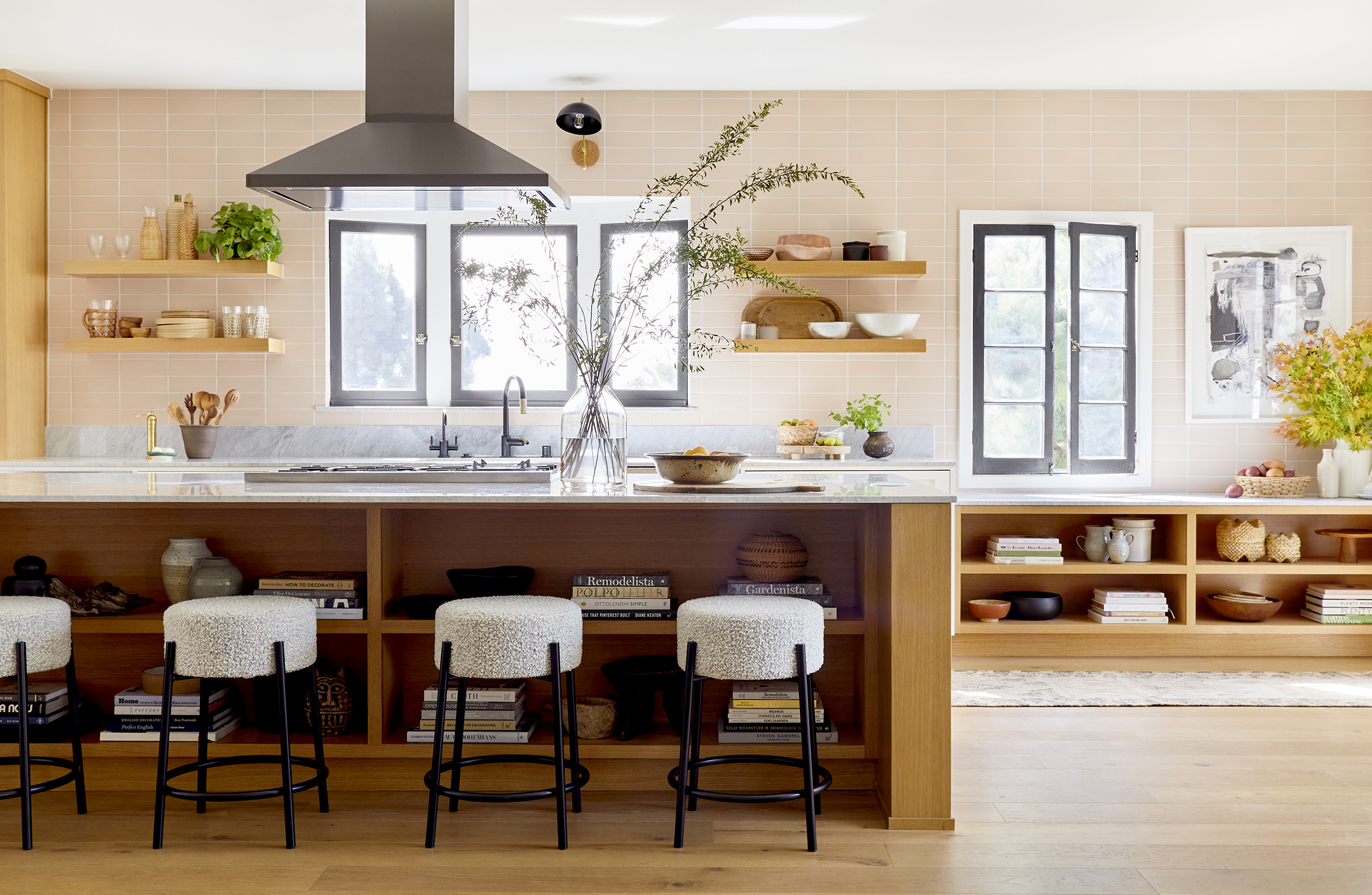 GINNY_MACDONALD_JACLYN_JOHNSON_KITCHEN_ORGANIC_DESERT_FEATURED_IMAGE